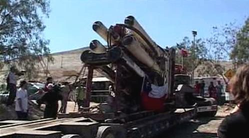 Přípravy na záchranu zasypaných horníků