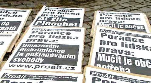 Transparenty proti Jochovi