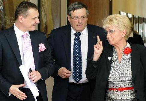 Ministr dopravy Vít Bárta, hejtmani Jiří Běhounek a Milada Emmerová