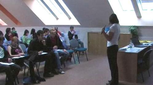 Studenti při přednášce