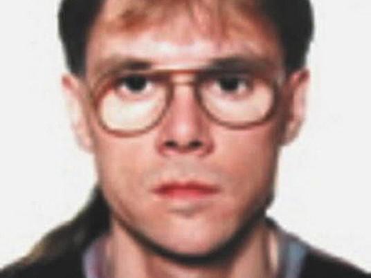 Policie pátrá po muži podezřelém z vraždy