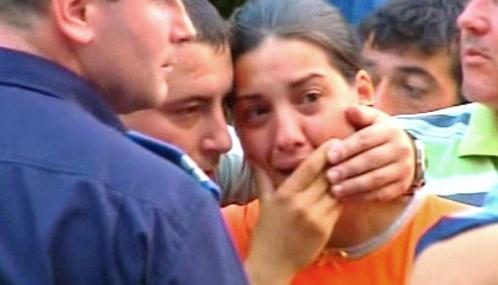 Příbuzní obětí výbuchu v bukurešťské porodnici