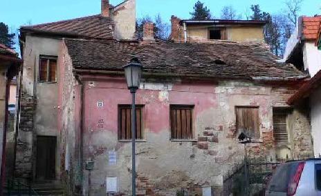 Ruina bývalého chudobince