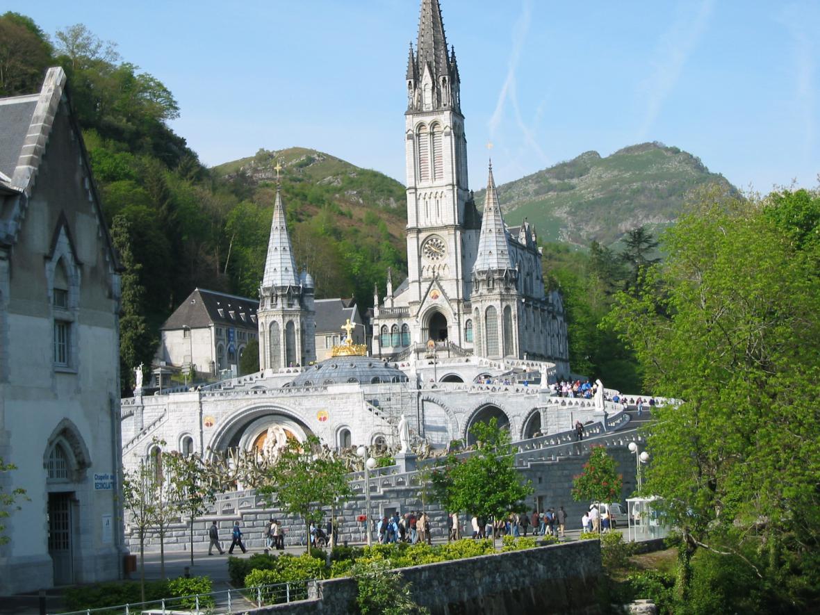 Katedrála v Lurdech