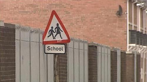 Výbuch u irské základní školy