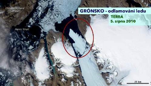 Kra odtržená od Petermannova ledovce zaznamenaná družicí Terra