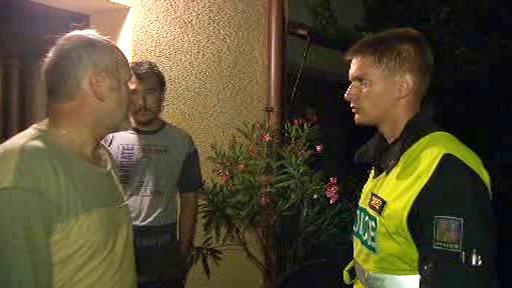 Policisté kontrolují postižené obce