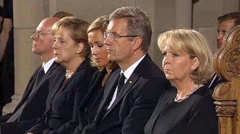Angela Merkelová na smuteční akci