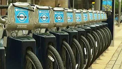 Samoobslužná půjčovna jízdních kol v Londýně