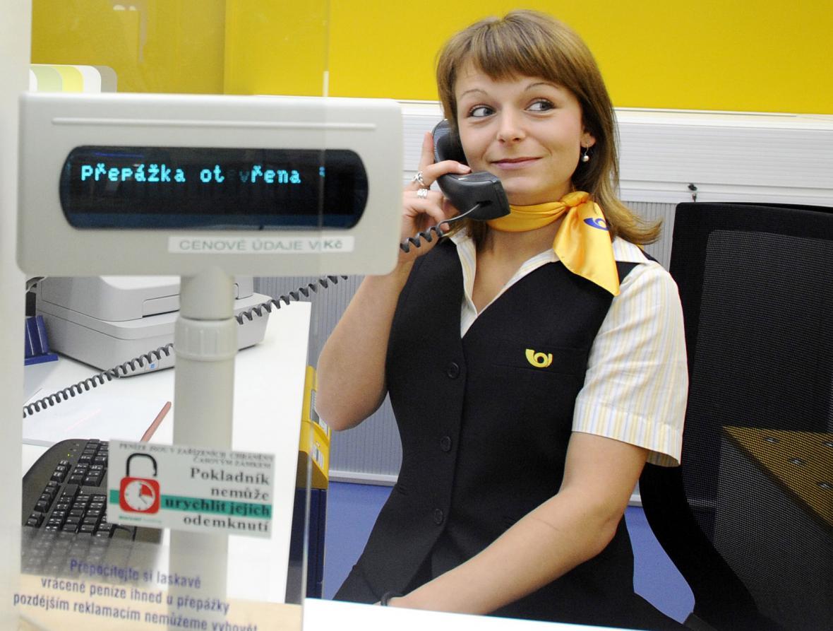 Pracovnice pošty
