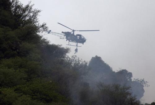 Pátrání po obětech havárie pákistánského letadla
