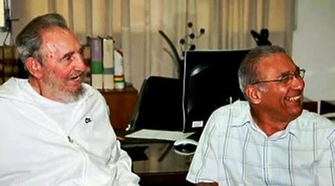 Fidel Castro (vlevo)