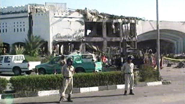 Následky teroristického útoku v Šarm aš-Šajchu