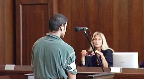 Obžalovaný z vraždy před soudem