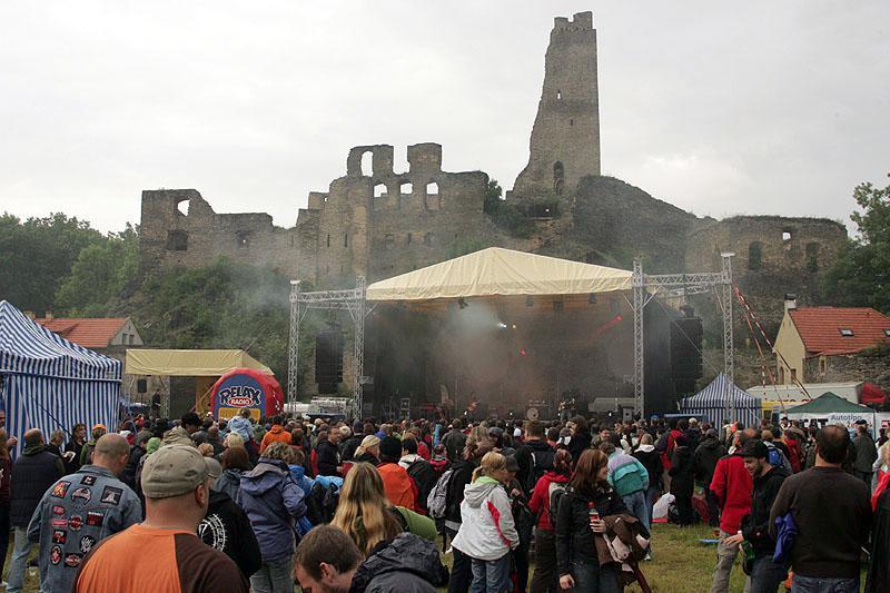 Festival pod hradem Okoř