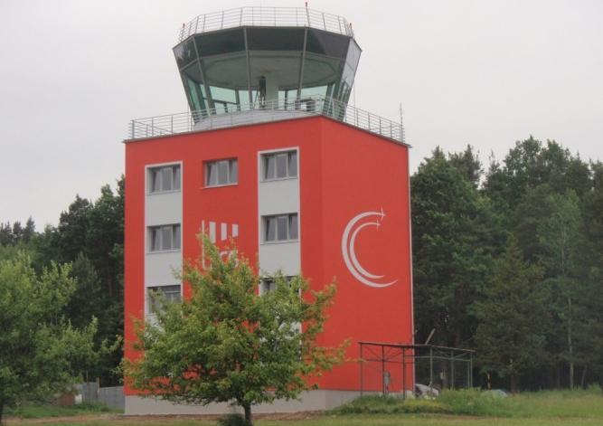 Letištní věž