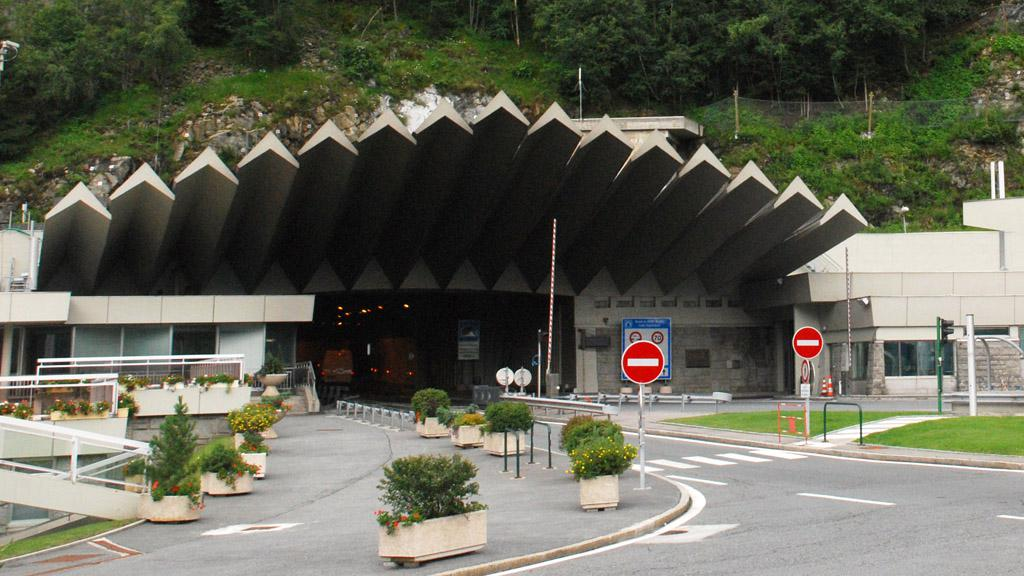Vjezd do tunelu v Chamonix