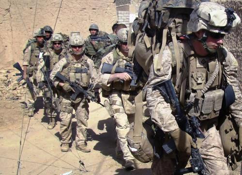 Američtí a afghánští vojáci