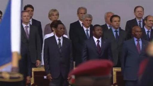 Státní delegace na vojenské přehlídce v Paříži