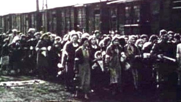 Vlaky přepravující nacistické vězně
