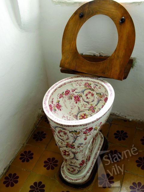 Dům Adolfa Hejduka / záchod