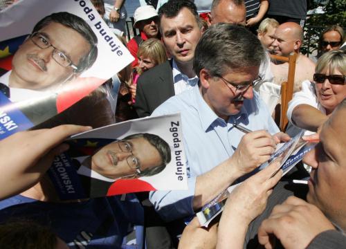 Bronislaw Komorowski mezi svými příznivci