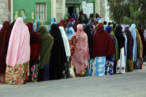 Fronta před somalilandskou volební místností