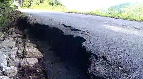 Zničená silnice v Josefově Dole
