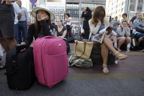Turisté uvěznění v Pireu