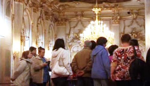Návštěvníci vídeňského Schönbrunnu
