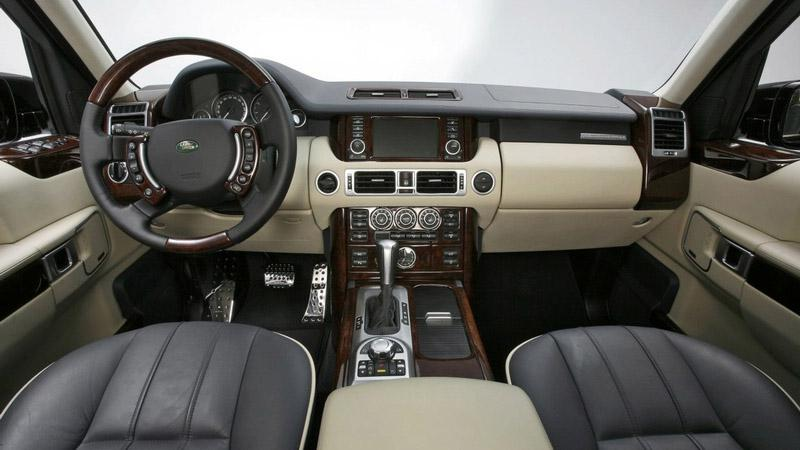 Interiér Range Roveru