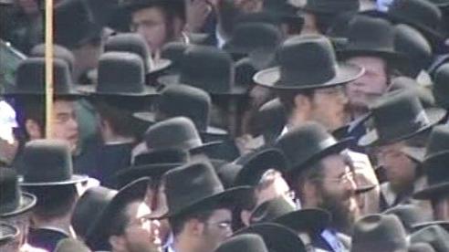 Demonstrující Židé