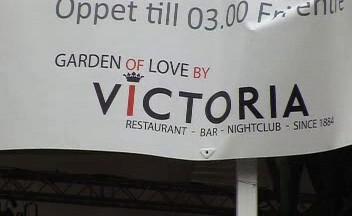 Ve Stockholmu se kvůli svatbě speciálně přejmenovávají restaurace