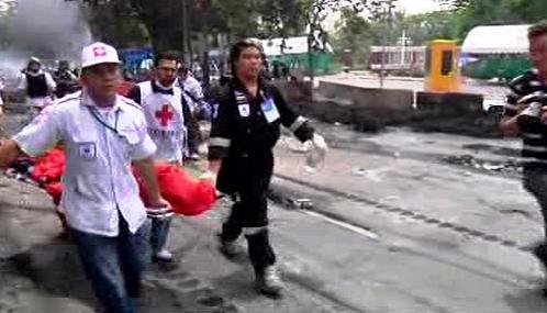 Pouliční boje v Thajsku sí vyžádaly mrtvé i raněné