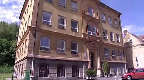 Střední škola na výrobu hudebních nástrojů v Kraslicích