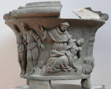 Původní váza ze sousoší sv. Antonína Paduánského