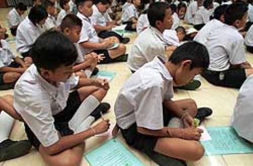 Thajští studenti