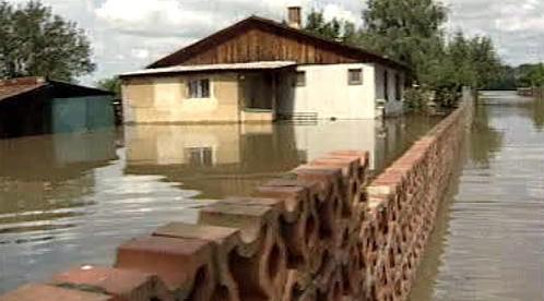 Zálezlice při povodni v roce 2002