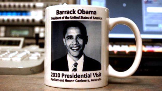 Australský hrneček s chybou v Obamově jméně