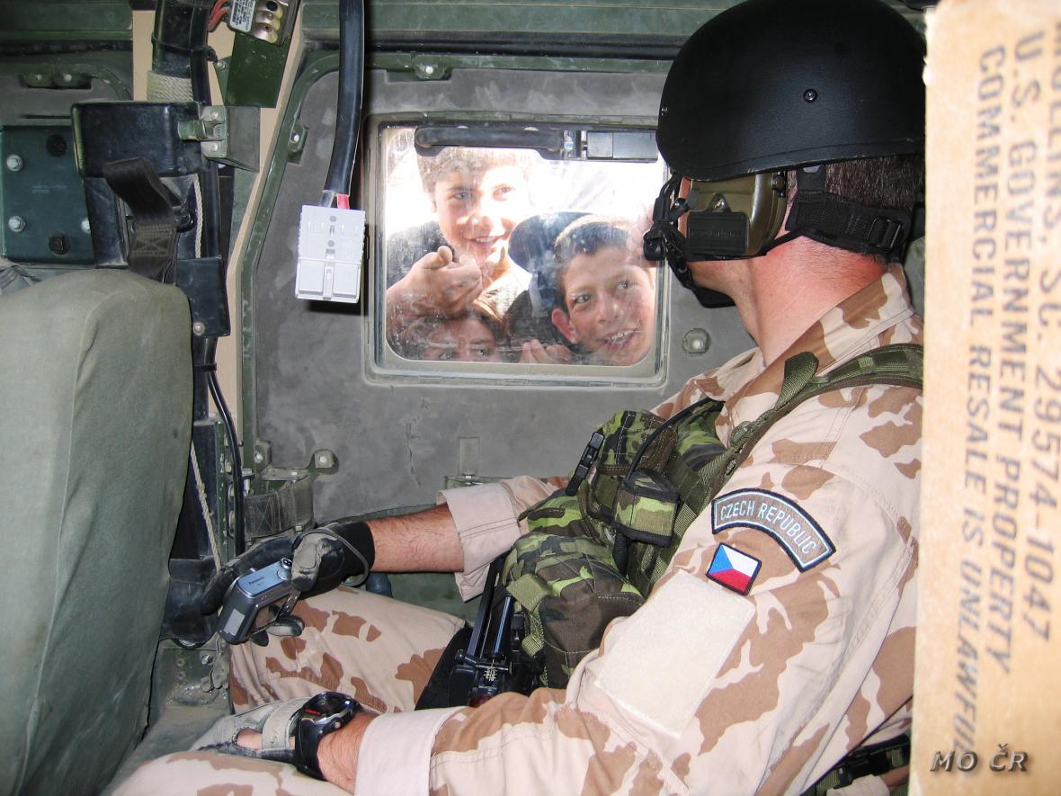 Český voják v Lógaru