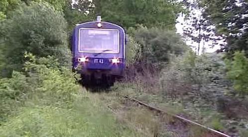 Vlak na neudržované trati