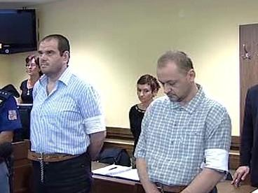 Komenda a Hradecký u soudu