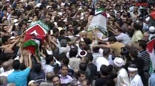 Rakve tureckých demonstrantů v Ankaře