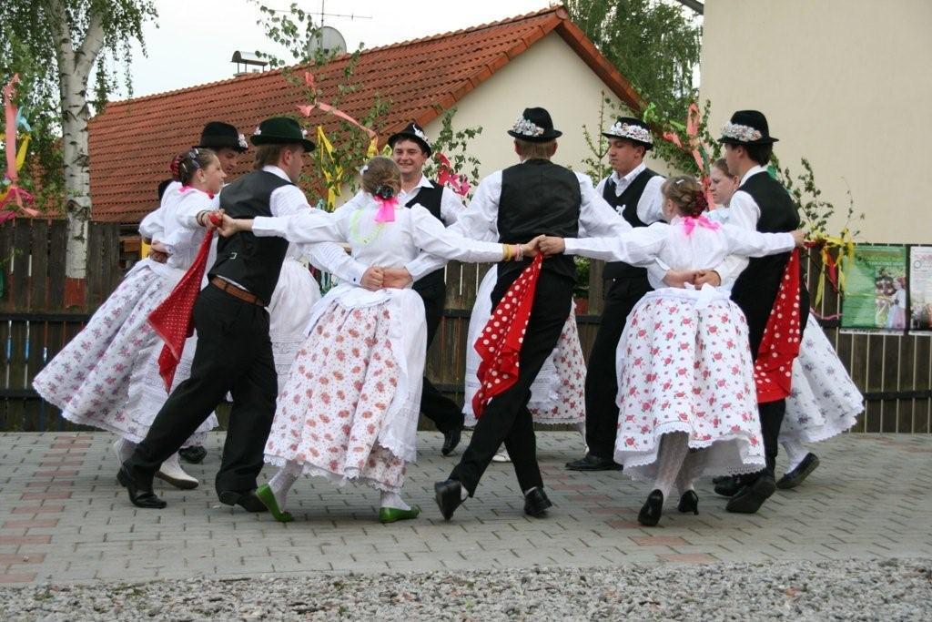 Vystoupení rumunských Čechů ve Všeradicích