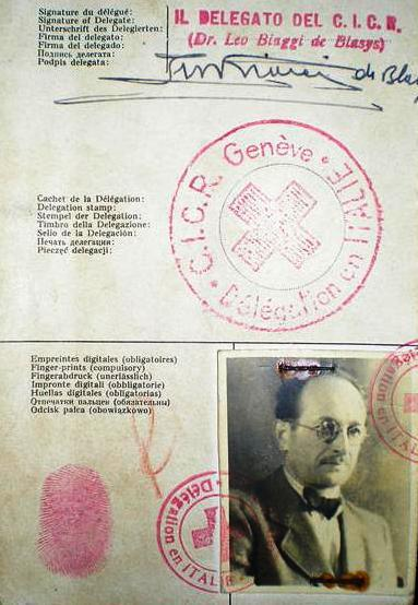 Eichmannův pas vydaný Červeným křížem
