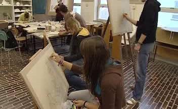 Střední umělecko-průmyslová škola v Kamenickém Šenově