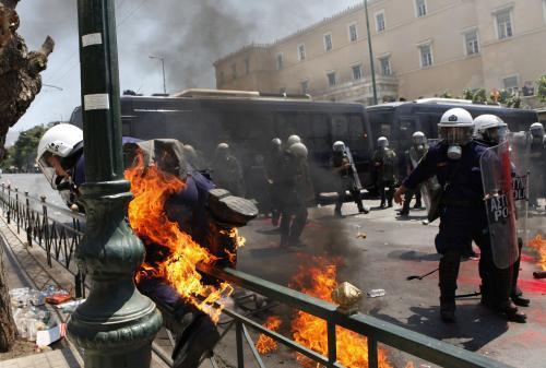 Zásah policie proti demostraci v Aténách