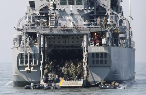 Záchranná mise k potopené jihokorejské lodi