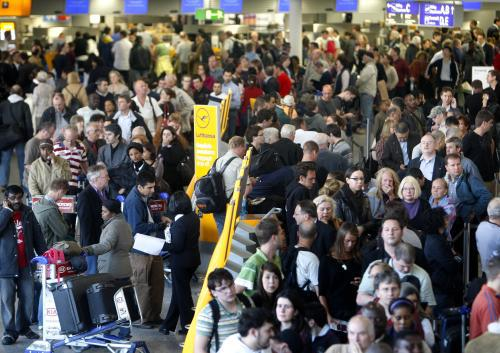 Cestující na letišti