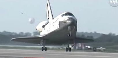 Přistání raketoplánu Discovery